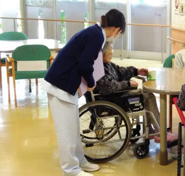 看護学生さんの施設実習風景