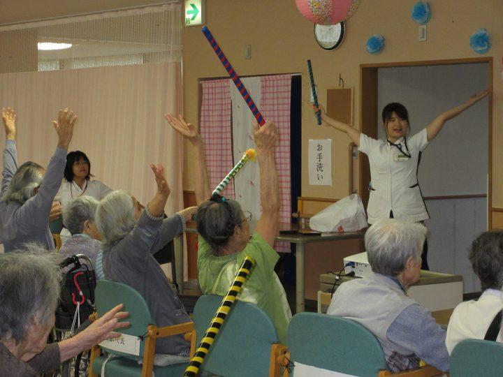 リハビリテーション課「入所フロア集団リハビリテーションの風景!」