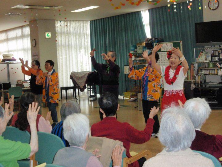 平成芸能ボランティア一座の公演でーす