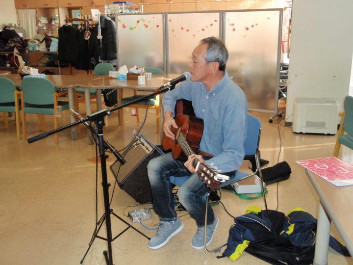 石木戸さんのギター弾き語り 🎸